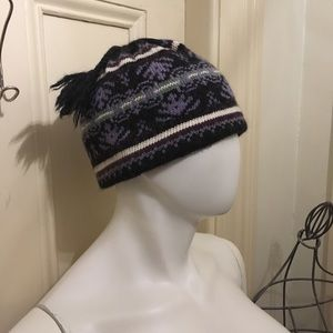 4 women's Turtle Fur knit hats